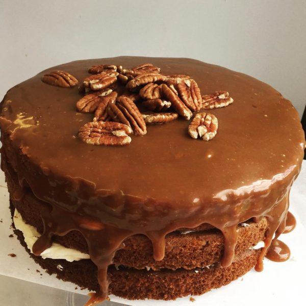 salted-caramel-pecan-cake