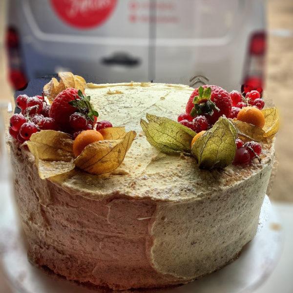 Semi-Naked Cake with Seasonal Fruits-Fannys Fancies